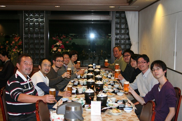 H24年忘年会旅行宴会場にて
